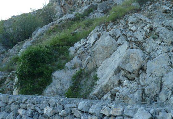 Габиони край Път E871 – Галерия